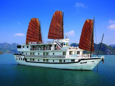 Aclass-Opera-Cruise